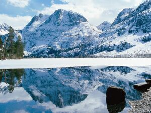Winter-Water-Reflection-Wallpaper-290335