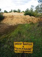 0 450px-Quicksand warning