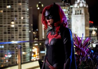 Batwoman's Ever-Changing History Sets Up a Kickass Kate Kane