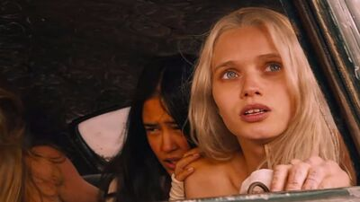 'Fury Road' Actress Abbey Lee to Co-Star in 'The Dark Tower'