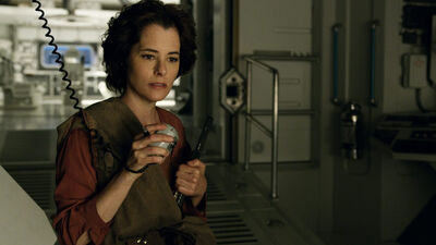 'Lost in Space': Why Parker Posey's Dr. Smith is the Show's Secret Weapon