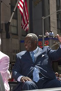 200px-Hank Aaron All Star Parade 2008