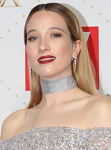 Sophie Lowe 2016