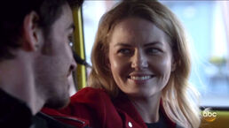 Gallery-1494933775-once-upon-a-time-emma-hook-1