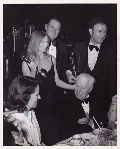 File:Oscars-Chaplin1972S-1 zpsd1c6ffde.jpg