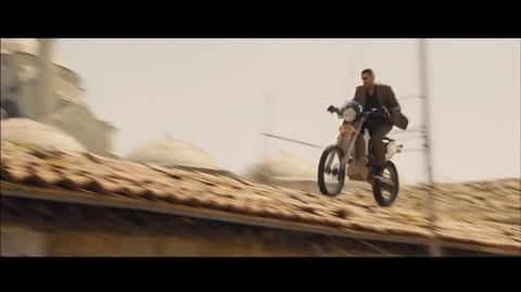 Skyfall - Opening Scene Motorbike Chase (1080p)