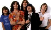 ACDC Line-Up 77