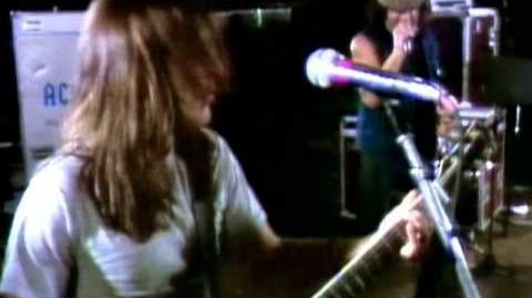 AC DC - Nervous Shakedown