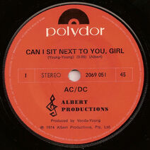 1974 - CAN I SIT NEXT TO YOU, GIRL - ROCKIN' IN THE PARLOUR - SG - AUS - 7'' - POLYDOR RECORDS -2069 051 - A