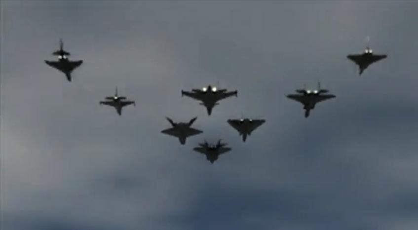 Arquivo:Escuadrón Phoenix Fenix 1995.jpg
