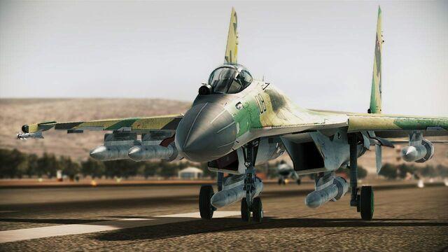 File:Su-35 Flanker-E Runway.jpg