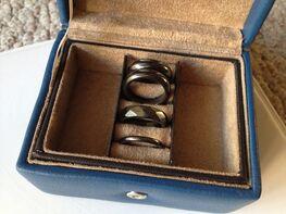 Prsteny z hematitu