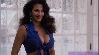 Ace Ventura- Pet Detective - Sexy Woman