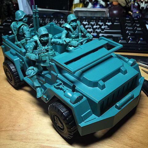 File:Jeep 2.jpg