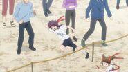 Kakeru running near his sister during the race