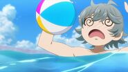 Sosuke being hit by the ball Uta tossed