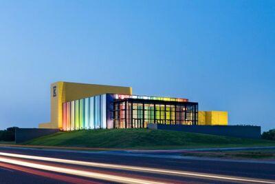 Edcouch-Elsa-Independent-School-District-Fine-Arts-Center-by-Kell-Muñoz-Architects-588x392