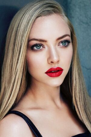 4d7d0e5f56f8875b93c1b065bf7af46e--amanda-seyfried-style-amanda-seyfried-makeup