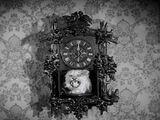 Wolf's Head Clock