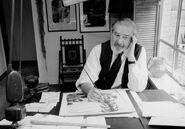 Чарльз Аддамс за работой - 26 октября 1978 года. (AP Photo R. Howard)