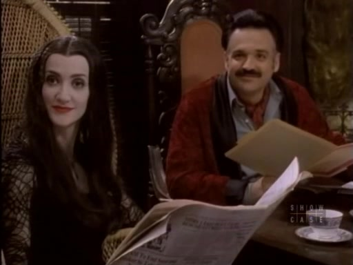 Image - The.new.addams.family.s01e04.morticia.and.the.ladies ...