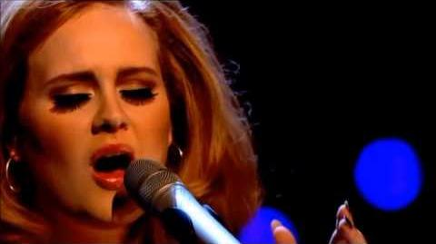 Adele - Turning Tables (Live on the Jonathan Ross Show)
