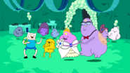 S2e2 went to LSP's quinceaсera