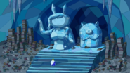 S5e11 IK with Fionna and Cake statues