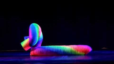 © Veniamin's Human Slinky ®