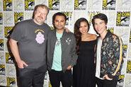 Olivia Olson with John Dimaggio, Adam Muto, and Jeremy Shada at 2016 Comic con