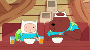 S4 E7 Finn and Bear eating cereal