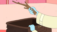 S10e2 Ice King holding a stick