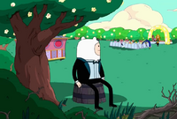 5S 44E Finn looking at the wedding
