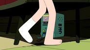 S4e17 Finn with one sock