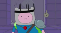 S5 e36 Finn in a pointy black crown and ruby