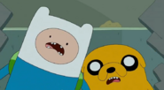 S5 e25 Finn and Jake shocked