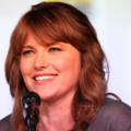 Lucy Lawless @ Comic-con cropped.png