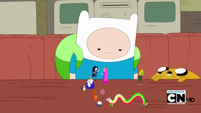 File:S5e5 Finn watching Little People.png