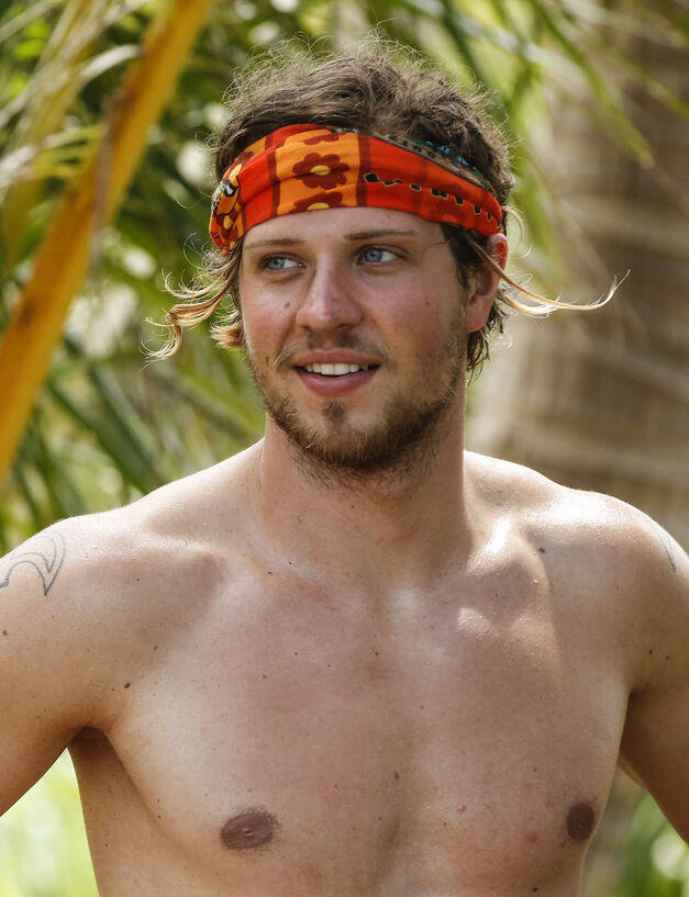 Taylor Stocker Survivor season 33 Millennials team Vanua tribe