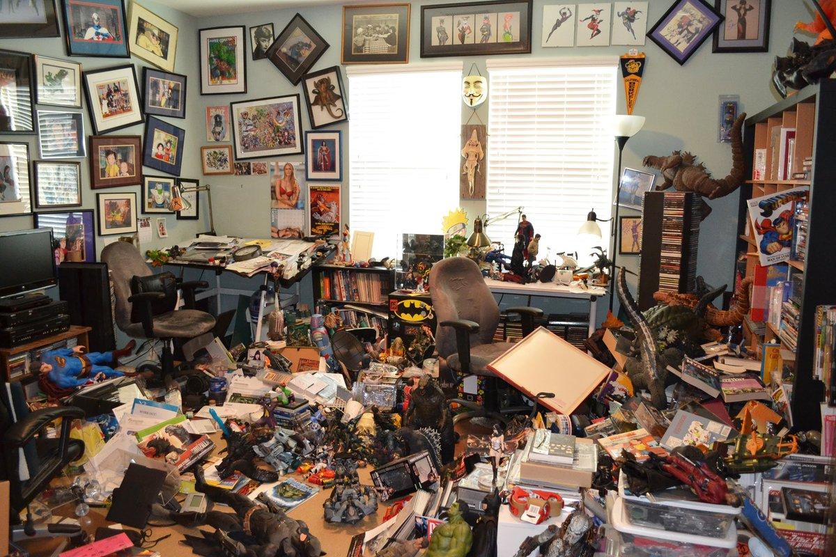 Dark Academia Aesthetic Bedroom