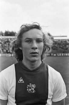 1975)H.vanSanten