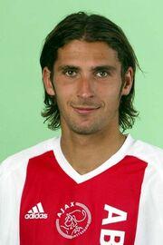 2003)JulienEscude