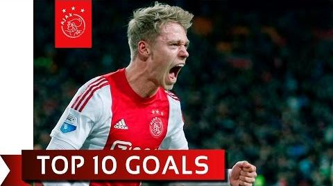 TOP 10 GOALS - Viktor Fischer