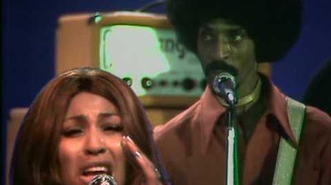 Ike & Tina Turner - Proud Mary 1971