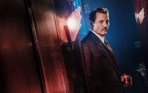 Johnny-depp-as-cassetti-in-murder-on-the-orient-express