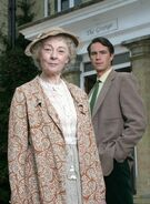 Geraldine-mcewan-and-james-darcy-as-miss-marple-and-jerry-burton-c2a9-itv
