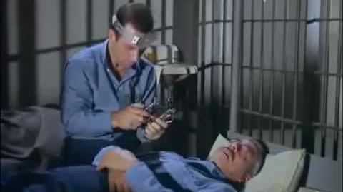 Agente 86 2x14 - Aventura Dentária (Dublado)