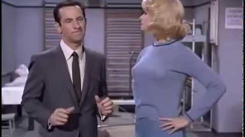 Agente 86 1x15 - Os Gordos Sobrevivem (Dublado)