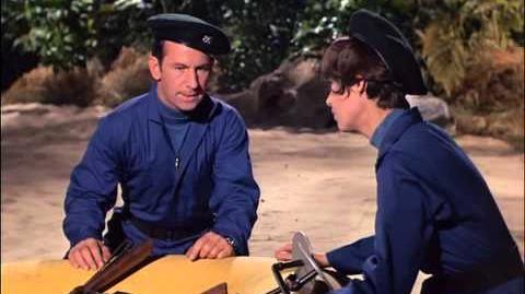 Agente 86 2x9 - Espiões submarinos (1966) EPISÓDIO 39