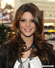 Ashley Greene 3.jpeg